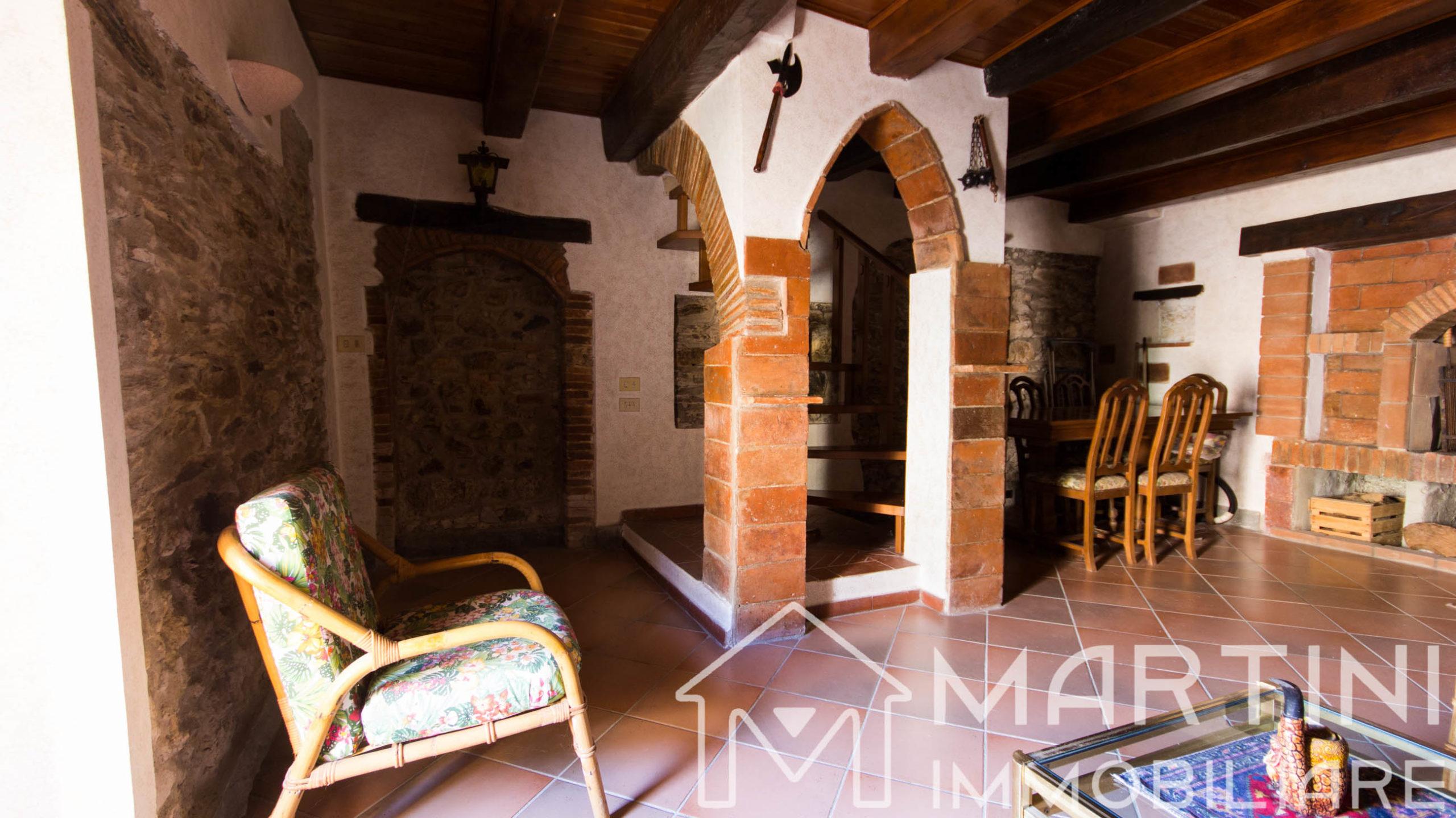 Casa in Stile Rustico Toscano – Ottime Rifiniture