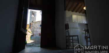 Casa in Vendita in un Piccolo Paese Toscano