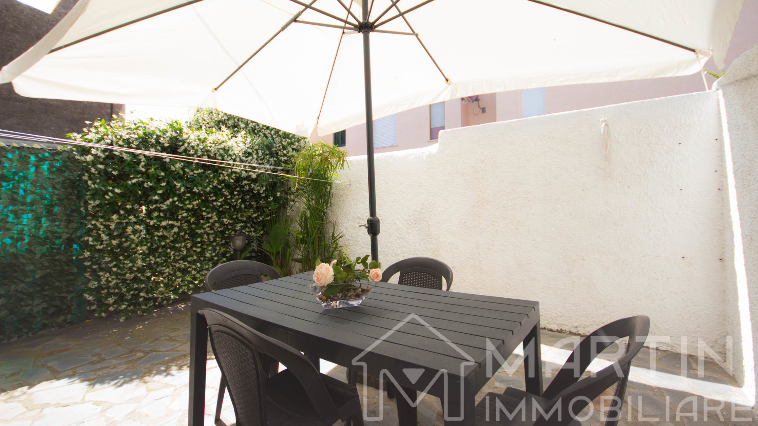 Follonica Apartment to Rent with Outdoor Space