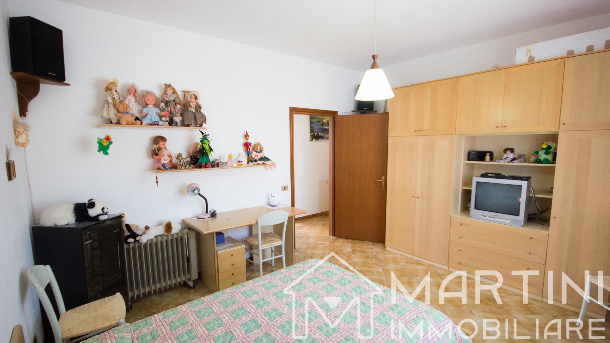 Ampio Appartamento con 3 Camere 2 Bagni e Garage