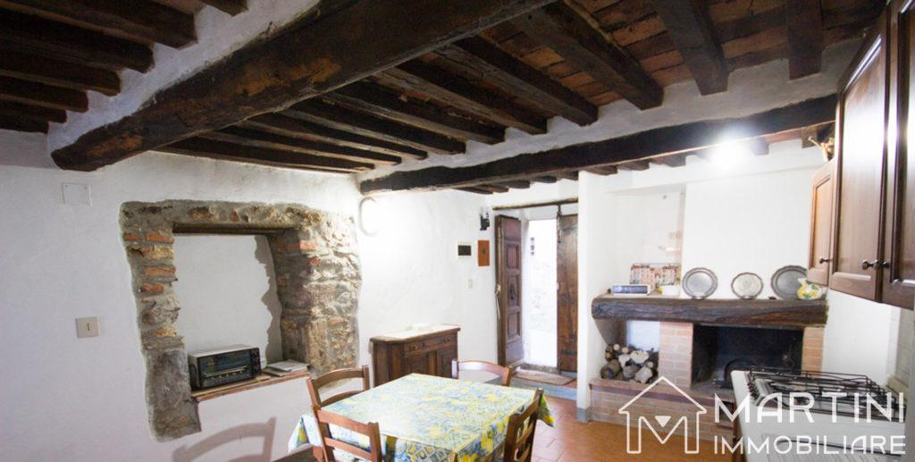 Casa in pietra in vendita in Toscana