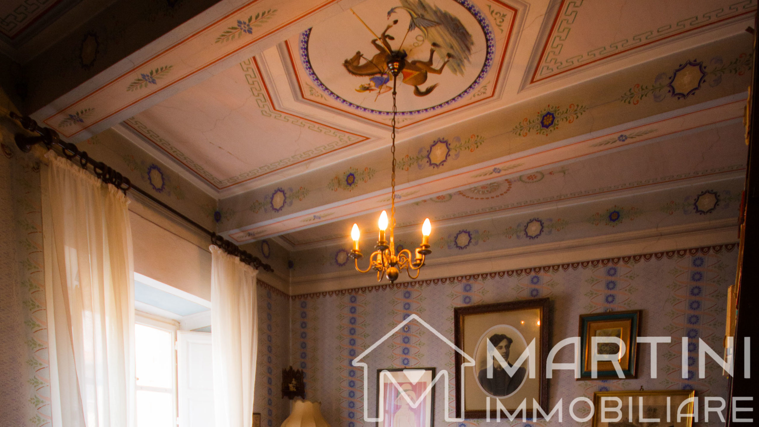 Historical Palace for Sale in the Beautiful Tuscany