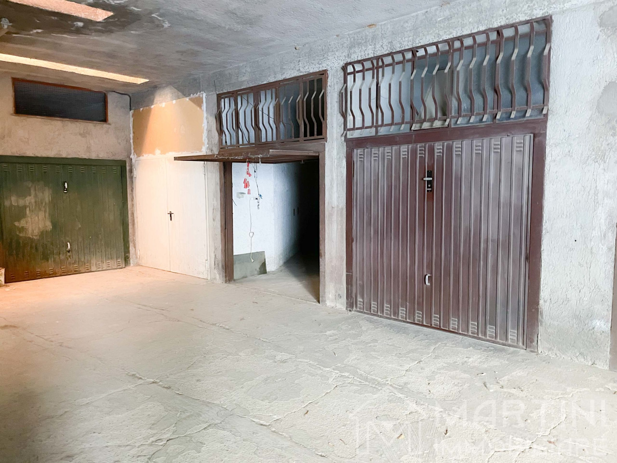 Garage in Vendita a Follonica